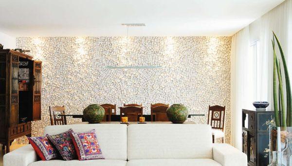 Duas ideias de pisos que podem se tornar timos for Como e living room em portugues