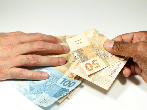 trocar financiamentos